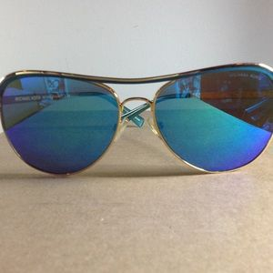 💯% AUTHENTIC - MICHAEL KORS SUNGLASSES